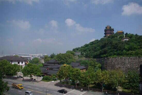 Yuejiang Tower: 阅江楼景区