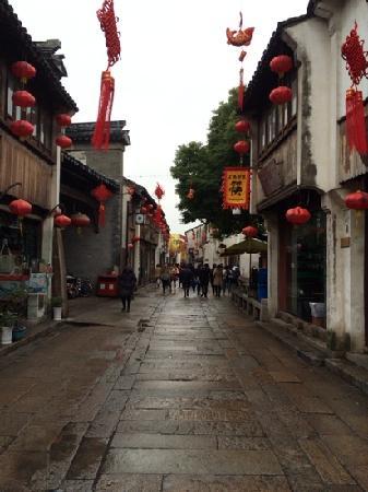 Shantang Street: 大街