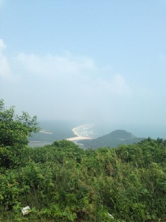 Tonggu Ridge: 铜鼓岭远眺