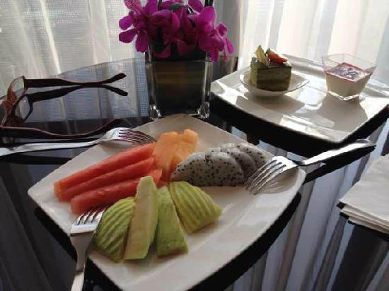 Hilton Guangzhou Tianhe: 下午茶水平很高