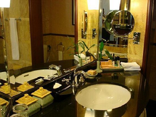 Mandarin Oriental, Kuala Lumpur : 卫生间