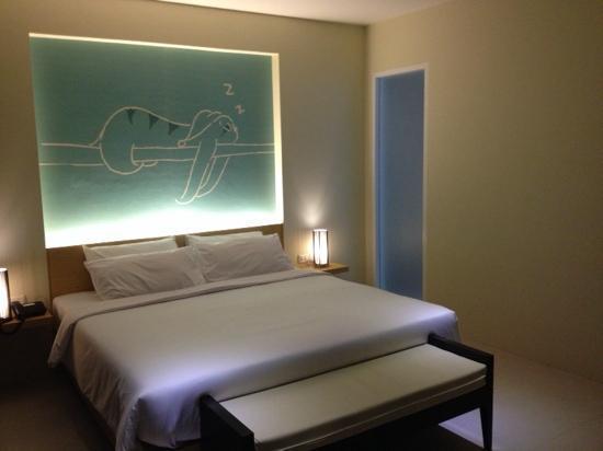 Tiras Patong Beach Hotel: 大床房