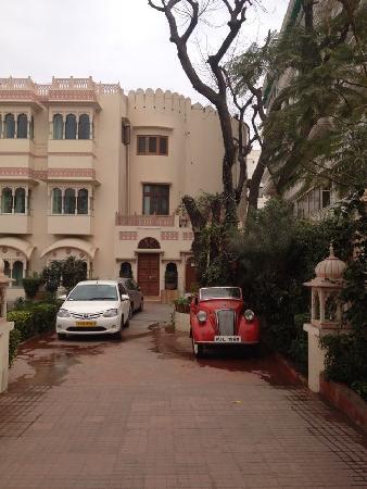 Bharat Mahal Palace: 酒店外景