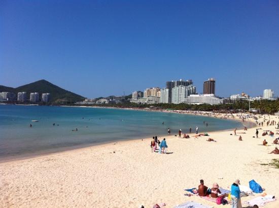 Dadonghai Beach: 美丽的大东海