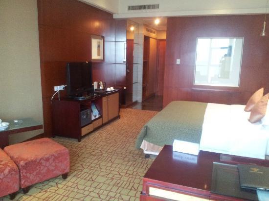 Empark Grand Hotel Kunming : hotel room
