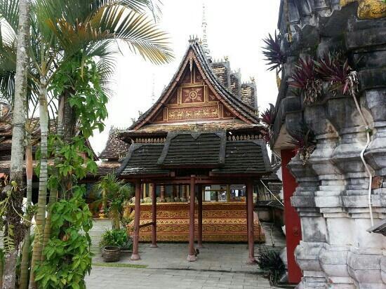 Buddhist temple : 佛寺