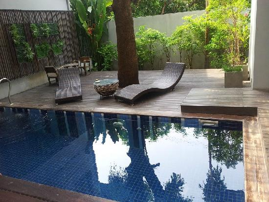 KETAWA Stylish Hotel: swimming pool