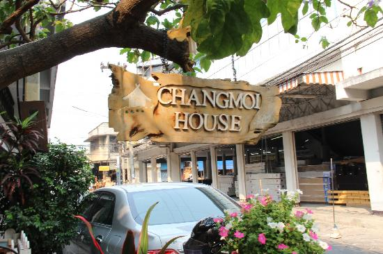 Changmoi House: 招牌