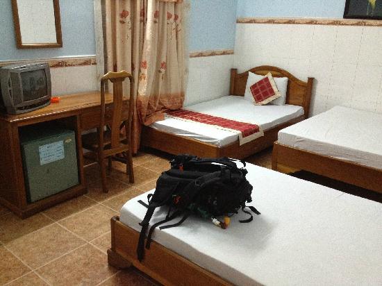 Vinh Huy Hotel: room