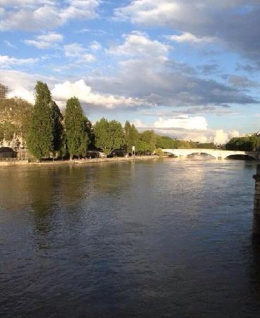 La Seine : 塞纳河