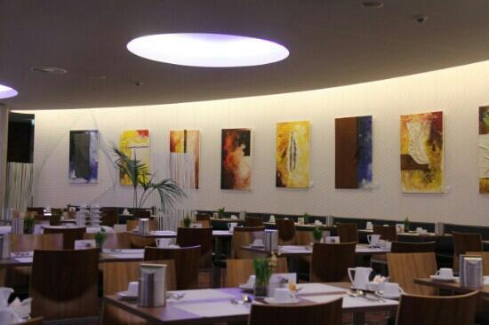 Hilton Garden Inn Stuttgart NeckarPark : 斯图加特希尔顿