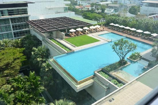 Pullman Bangkok King Power : 4楼泳池