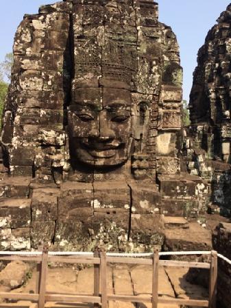 Bayon (Angkor) : 高棉的微笑