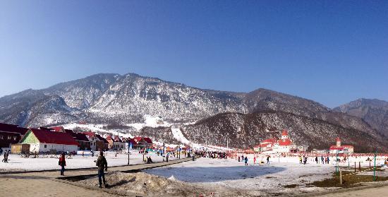 Xiling Snow Mountain Scenic Resort: 滑雪场