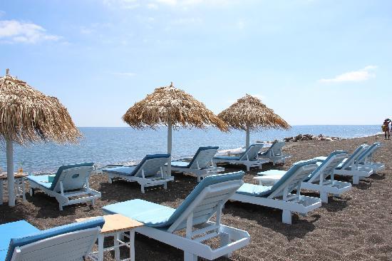 Perissa Beach : 海滩