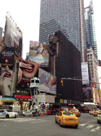 Times Square : times sqaure