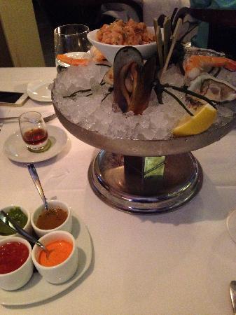 Oceana Restaurant : 海鲜塔