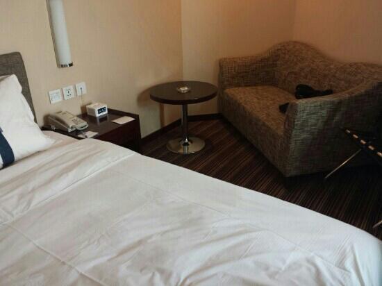 Holiday Inn Express Tianjin City Center: 房间照