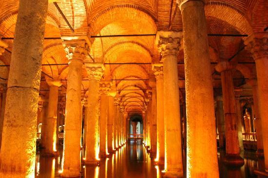 Basilica Cistern: 地下水宫2