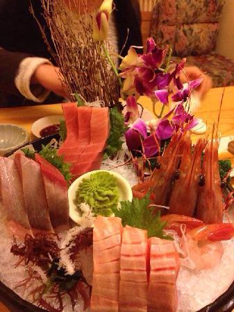 Jiu Jing Japanese Restaurant (ZhangShou Road)