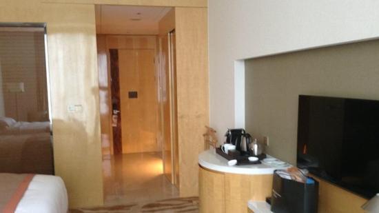 DoubleTree by Hilton Hotel Hangzhou East : 房间