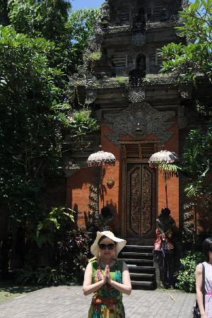 Puri Saren Palace : 皇宫门口很小也很不起眼!