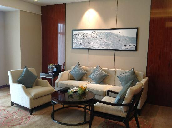 Sheraton Langfang Chaobai River Hotel: 客厅
