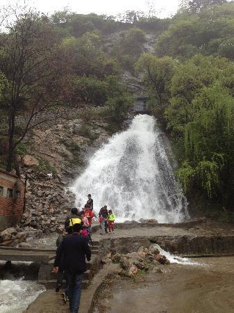 Cuihua Mountain : 翠华山瀑布
