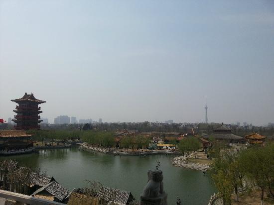 Millennium City Park: 清明上河园