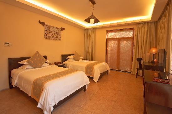 Yalong Bay Villas & Spa: 客卧