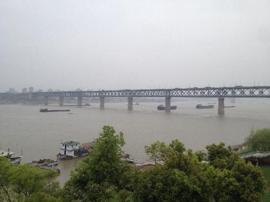 Wuhan Yangtze River Bridge: 武汉长江大桥
