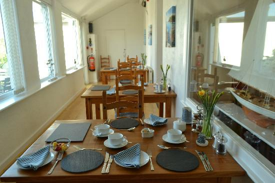 Trevenna Lodge: Dining room 餐厅