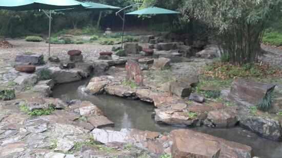 Orchid Pavilion (Lan Ting): 曲水流觞