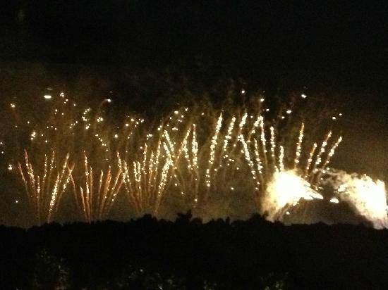 Disney's Hollywood Hotel: 烟火表演
