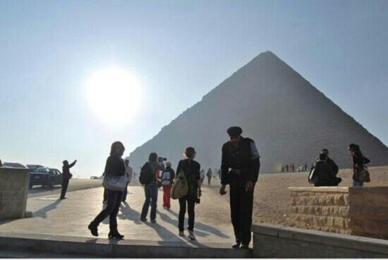Cheops-Pyramide: 夕阳下的胡夫金字塔