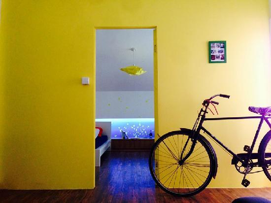 So Hostel : YELLOW STAR