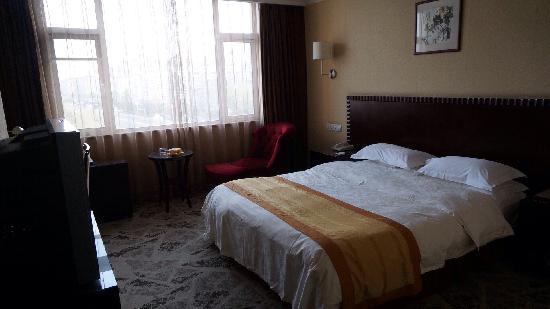 Weihai Baohai Hotel: 大床