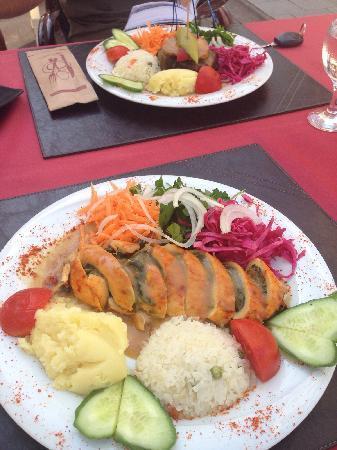 Wallabies Aquaduct Restaurant: wallabies