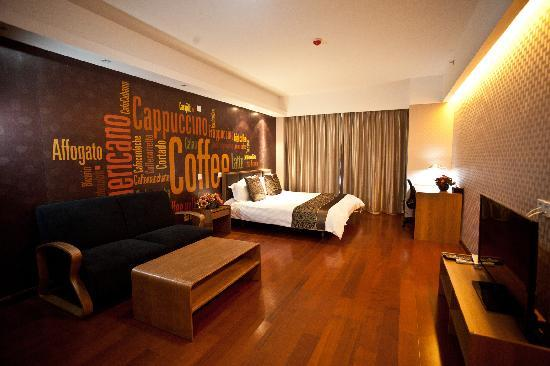 Lejiaxuan Creative Theme Serviced Apartments Qingdao Thumb Plaza: 观景阁6