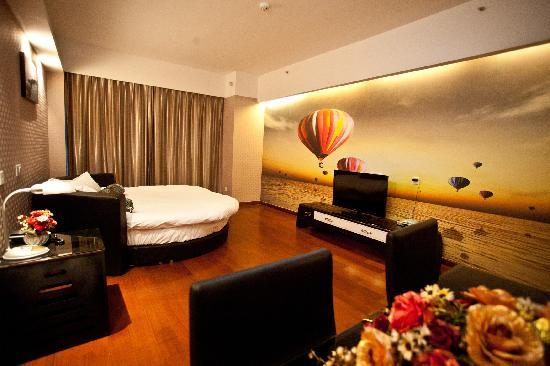 Lejiaxuan Creative Theme Serviced Apartments Qingdao Thumb Plaza: 雅圆阁3