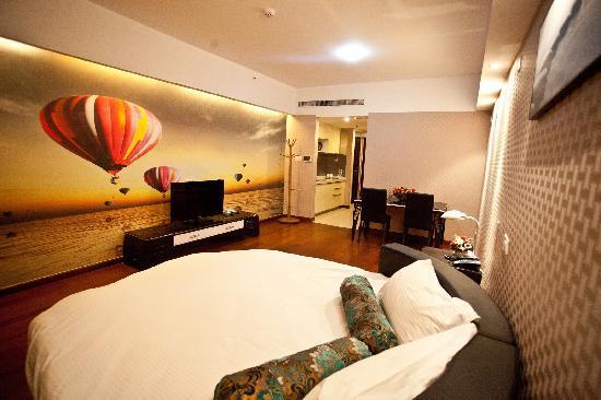Lejiaxuan Creative Theme Serviced Apartments Qingdao Thumb Plaza: 雅圆阁5