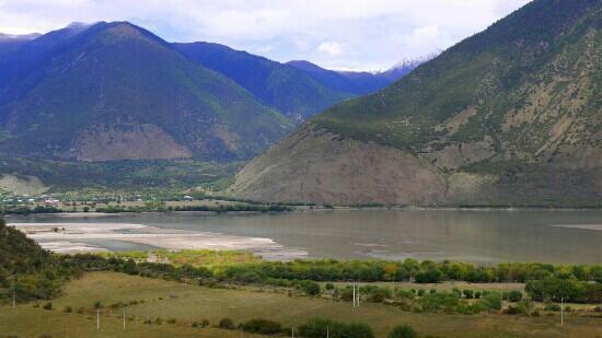Niyang River: 尼洋河的美景
