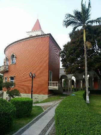 Marine Garden Hotel: 外景3