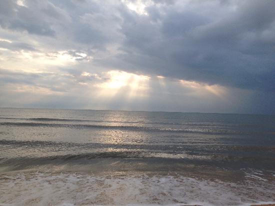 Sanya Bay: 三亚湾夕阳,霞光万丈