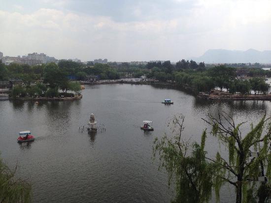 Green Lake (Cui Hu): 开放的公园