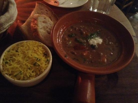 Le Pain Quotidien: nice dishes,i forgot the name.
