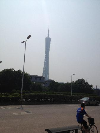 Canton Tower : 广州塔