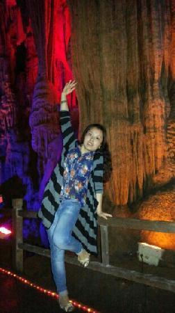 Shiquan County, China: 洞里