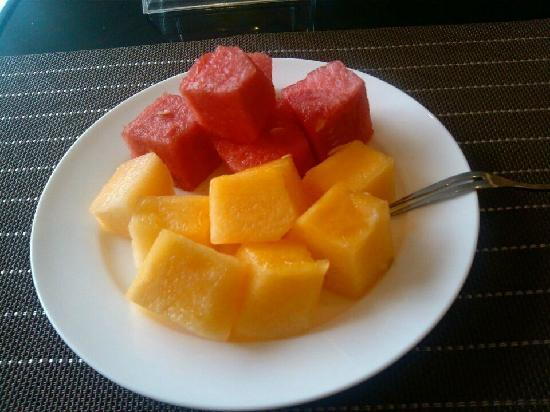 Shu Jiang Hotel: 再来点餐后水果。