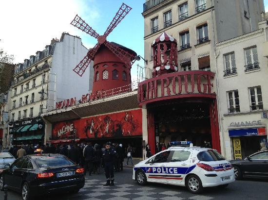 Moulin Rouge: 红磨坊
